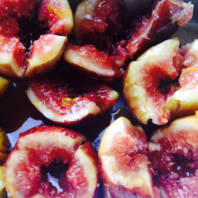 Recipe: Grilled Caramel Figs